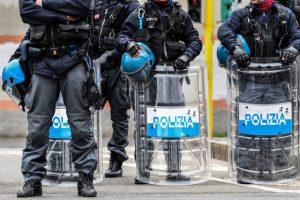 Pengedar dihentikan Polisi Setempat di Novi Sad