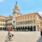 Ini Mengapa Judi Online dan Forum Komunitas Kota Modena Sama-sama Dibutuhkan