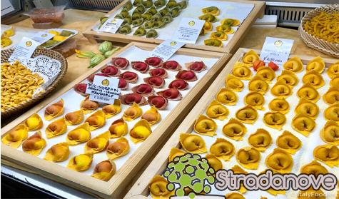 Makanan dan Hidangan Tradisional Modena Italy